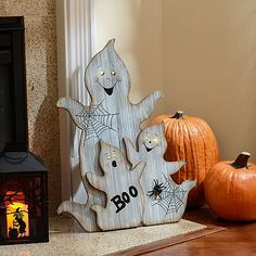 LED Ghost Family Statue at Kirklands Halloween Wood Crafts, Halloween Signs, Halloween Items, Diy Halloween Decorations, Spooky Halloween, Holidays Halloween, Fall Crafts, Holiday Crafts, Happy Halloween