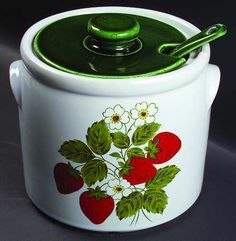 mccoy+strawberry+ | nelson_mccoy_strawberry_country_tureen_lid_w_ladle_P0000054519S0011T2 ...