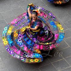 Art Discover Looks like Ballet Folklorico! Folklorico Dresses Ballet Folklorico We Are The World People Of The World Mexican Traditional Clothing Mexico Dress Hispanic Heritage Mexican Heritage Mexico Culture Folklorico Dresses, Ballet Folklorico, Mexican Traditional Clothing, Traditional Outfits, We Are The World, People Of The World, Mexico Dress, Costumes Around The World, Hispanic Heritage