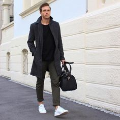 Die: White Sneakers + Olivegreen Chinos + Black Sweater + Dimgray Coat