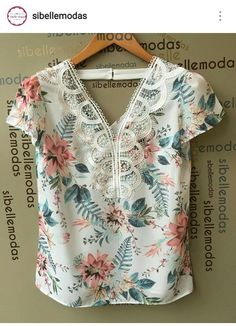 Blusa flores Mom Outfits, Fashion Outfits, Womens Fashion, Trendy Tops, Cute Tops, Blouse Styles, Blouse Designs, Moda Chic, Shirt Refashion