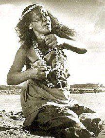 Makekau Family -  Harriet (Iolani Luahine) Lanihau Makekau   b. Jan 31 1915 Napoopoo, South Kona, Hawaii, Hawaii d. Dec 10 1978 Honolulu. O` ahu, Hawaii e. Burial Kaneohe Memorial Park, Kaneohe, O` ahu, Hawaii  Born Harriet Lanihau Makekau, was a native Hawaiian kumu hula, dancer, chanter, and teacher, who was considered the high priestess of the ancient hula.