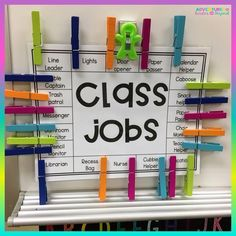 This was the easiest way for me to keep up with class jobs this year. Even if I forgot my kids would ALWAYS remind me to move the clips. Thanks for the amazing template Do you have class jobs in your room? Classroom Job Chart, Classroom Library Labels, Classroom Helpers, Classroom Organisation, First Grade Classroom, Classroom Setup, Classroom Design, School Organization, School Classroom