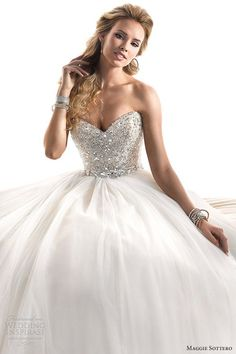I don't typically like ballroom gown type dresses but if it's done right I like it. This ones beautiful:)