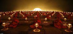 Des moines bouddhistes b�nissent le th�