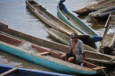 Gente de Santa Fé Selva del Darién Panamá. #travel #traveling #panama #southamerica #river #rio #boat #barca #sudamerica #selva #jungle #indigenous #indigena #man #hombre #viaje #viajar #travelphotography #portrait #retrato #color #colours #lifestyle #picoftheday