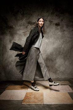 Sapatos Eureka Concept Collection ECC.5363  Colaboração especial: Lidija Kolovrat e Pedro Pedro © Aloisio Brito