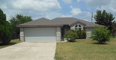 1303 Stratford Dr, Killeen, TX 76549, 4 beds, 2 baths, 1467 sq ft For more information, contact Karen Doerbaum, Lone Star Realty & Property Management Inc., (254) 699-7003