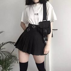 Fashion 2019 New Moda Style - fashion Adrette Outfits, Skater Girl Outfits, Crop Top Outfits, Teen Fashion Outfits, Cute Casual Outfits, Korean Outfits, Grunge Outfits, Tomboy Outfits, Hippie Outfits