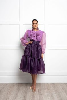 Modest Outfits, Classy Outfits, Chic Outfits, Fashion Outfits, Red Fashion, Colorful Fashion, Unique Fashion, Fashion Looks, African Print Skirt