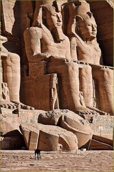Egypt Tours to Cairo and Luxor. Best Cairo Luxor and Aswan Tour, 5 Days Tours of Cairo, Luxor, Giza Pyramids, Valley Kings & Karnak Temples. Book Cairo and Luxor Tour Package Now Online. Ancient Egyptian Architecture, Ancient Egyptian Art, Ancient Ruins, Ancient History, European History, Ancient Artifacts, Ancient Greece, American History, Kairo