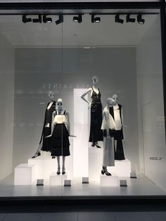 "ZARA,Eaton Centre,Toronto, Canada, ""The Light Box Project"", photograph by Youkyung Shim, pinned by Ton van der Veer"