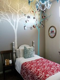 Ucreate: Tree Mural Tutorial by Vintage Revivals Inspiration Wand, Tree Wall Murals, Empty Wall, Kids Room Design, Modern House Design, Home Crafts, Diy Crafts, Wall Decor, Wall Art