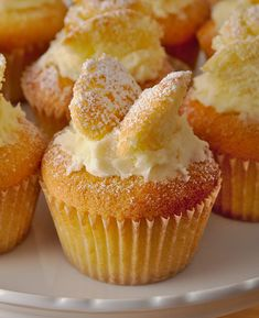 These dainty little fairy cakes are very easy to make. The light sponge and delicate flavoured buttercream make them enjoyable to be eaten with your favourite cuppa. Sponge Cake Recipes, Cupcake Recipes, Baking Recipes, Cupcake Cakes, Dessert Recipes, Desserts, Brownie Cupcakes, Shoe Cakes, Cup Cakes