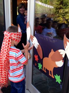 What Does the Fox Say Party. Pin the tail on the fox!
