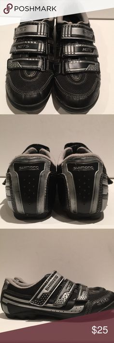 Shimano spinning shoes A clip in spinning shoe makes all the difference in the world!  Each shoe has 3 Velcro straps and removable insoles.  They have been worn for spinning and outdoor riding but I have been using my road bike shoes for both.  The clips on the bottom do have some rust but it does not hamper clipping into pedals.  These shoes are easy to walk in as cleats are recessed in (unlike road bike shoes). Shimano Shoes Athletic Shoes