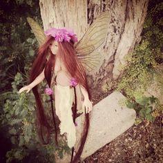 Caminando entre hadas, un regalo muy especial ^_^ #faery #hada #sculpey #fantasy #sculpeyclay #magic #fantasia #titania  #handmade #ooakartdoll #ooak
