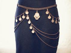 Artículos similares a El cinturón de Maia - Art Deco Kuchi cadena cinturón - monedas danza del vientre Tribal - bronce antiguo o plata en Etsy