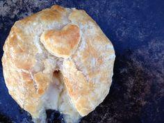 Baked Brie with Mango Chutney