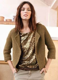 This Pin was discovered by еле Chanel Fashion, Knit Jacket, Fashion Outfits, Womens Fashion, Baby Knitting, Knitwear, Knit Crochet, Men Sweater, Revers
