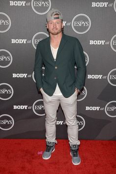Josh Donaldson Photos Photos - Baseball player Josh Donaldson attends the BODY At The ESPYs pre-party at Avalon Hollywood on July 2016 in Los Angeles, California. - BODY at the ESPYs Pre-Party The Espys, Josh Donaldson, Pre Party, Baseball Players, Football, Minnesota Twins, Toronto Blue Jays, Sports Clubs, Go Blue