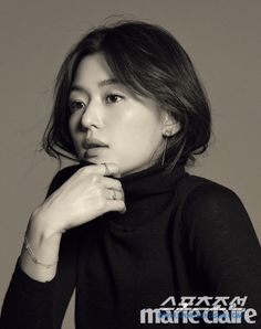 Jeon Ji Hyun shows Stonehenge's jewelry for their Anniversary in the September issue of Marie Claire, check it out! Korean Actresses, Actors & Actresses, Korean Beauty, Asian Beauty, Marie Claire, Jun Ji Hyun Fashion, My Sassy Girl, Black And White Portraits, Korean Celebrities