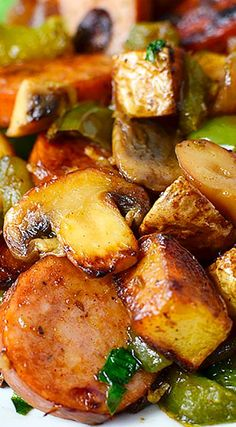 Sausage, Pepper and Mushroom Hash ~ Hearty, savory, and extremely filling! sausage and veggies;recipes with sausage dinner;spaghetti with sausage;orrechiette with sausage; Smoked Sausage Recipes, Pork Recipes, Cooking Recipes, Healthy Recipes, Kilbasa Sausage Recipes, Johnsonville Sausage Recipes, Turkey Kielbasa Recipes, Smoked Sausage Hash, Rutabaga Recipes