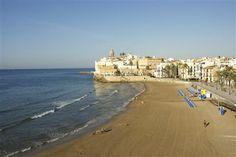 À Sitges, la plage, c'est la vie !