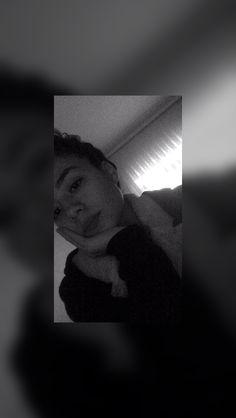 Cool Girl Pic, Cute Girl Face, Bad Girl Wallpaper, Cute Wallpaper For Phone, Creative Instagram Stories, Instagram Story, Cute Selfies Poses, Sunset Quotes Instagram, Heartbreak Wallpaper