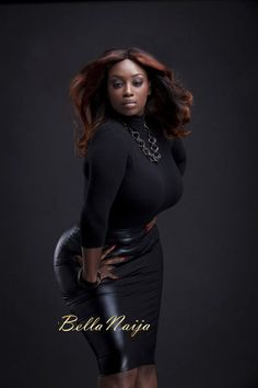 jazziedad:  everything-ghana:  Ghanaian british Ig peac_hy  Charley.. She Thick ó CurvyLicious Hips ♥♥