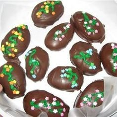 With this easy recipe, you can make four different flavors: Vanilla Cream Cheese Eggs, Peanut Butter Eggs, Coconut Cream Eggs, and Chocolate Eggs!