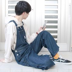 Boys in Overalls Black Overalls, Bib Overalls, Dungarees, Love Jeans, Menswear, Mens Fashion, Guys, Pants, Image
