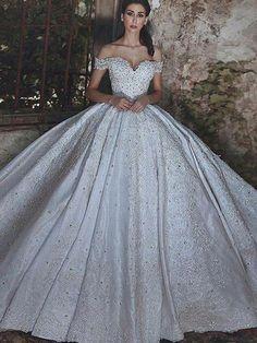 Big Wedding Dresses - December 26 2018 at 05 45PM Hercegnős Esküvői Ruhák 3da1ab4c80
