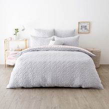 Portray an elegant soft look by injecting a subtle hint of colours into your bedroom with the Estelle quilt cover set, give your room a brand new look. King Beds, Queen Beds, Target Room Decor, European Pillows, Quilt Bedding, Bed Quilts, Pillow Arrangement, Quilt Cover Sets, Soft Colors