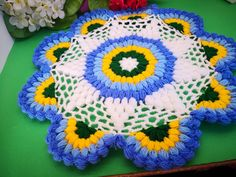 Crochet Potholders, Crochet Tablecloth, Dress Up Dolls, Cute Crochet, Crochet Projects, Diy And Crafts, Crochet Patterns, Blanket, Knitting