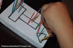 Piquer des cure-dents sur les formes tracées