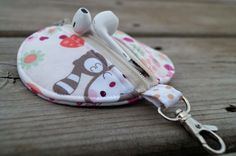 Super cute earbud case for tweens by Stash and Carry on Etsy