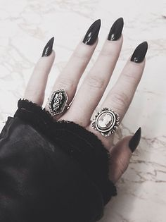 art vintage black goth gothic victorian black nails long nails