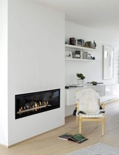 42 Lovely Scandinavian Fireplace To Rock This Year - Modern Home Design Family Dining Rooms, Formal Living Rooms, Home Living Room, Living Area, Home Fireplace, Modern Fireplace, Gas Fireplaces, Fireplace Ideas, Mantel Styling