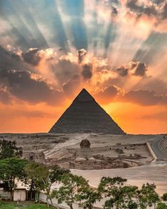 The sunset over the Giza pyramids, as seen from Cairo, Egypt Giza Egypt, Pyramids Of Giza, Ancient Egypt Pyramids, Great Pyramid Of Giza, Sharm El Sheikh, Egypt Travel, Africa Travel, Seven Wonders, Photos Voyages