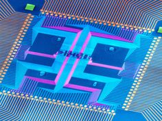 Crossbar nanowire chipes combine to form tiny CPU for beyond-Moore's-law electronics