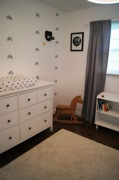 The spacing of these wall decals makes this room feel so much bigger than it actually is!