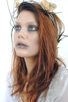 Halloween make up ! Ghost Makeup, Fx Makeup, Beauty Makeup, Crazy Makeup, Weird Makeup, Makeup Looks, Portrait Inspiration, Makeup Inspiration, Makeup Ideas