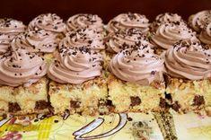 Prăjitură cu pișcoturi în blat și caramel cu cacao - Rețete Merișor Krispie Treats, Rice Krispies, Romanian Desserts, Cheesecakes, Caramel, Sweet Treats, Food And Drink, Ice Cream, Knits