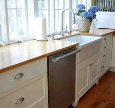 Kitchen Sink Base Cabinet