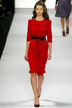 Seriously they had to ruin this by pairing the dress with black heels & a belt!  Come on Lovely Clusters - Rachel Follett via Sarai Mitnick MJ Fall 2004