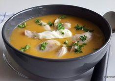 Supă cremă de pui cu legume – rețeta simplă și delicioasă.O supă faină pentru zile reci de toamnă sau iarnă. Creamy chicken soup with cream and croutons. #savoriurbane #retetanoua #supacrema  ___🍲🍜🍲___ Reteta la linkul de pe profilul meu @oanaigretiu  ___🍜🍲🍜___ #creamysoup #chickensoup #wintersoup #veloute #supadepui #supa #legume #instasoup #retetasimpla #onmytable #easysoup Thai Red Curry, Ethnic Recipes, Food, Soups, Health Foods, Cream, Bread Baking, Essen, Soup