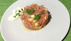 Tartar de salmón, manzana y tomate de Hinojosa con mayonesa de wasabi
