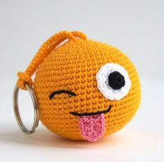 Tongue smiley from the set of the icons of Whatsapp by SilayayaColors – Salvabrani Emoji amigurumi. Tongue smiley from the set of the icons of Whatsapp by SilayayaColors – Salvabrani This Pin was discovered by Oks Crochet Toys Patterns, Stuffed Toys Patterns, Crochet Dolls, Crochet Yarn, Crochet Stitches, Amigurumi Patterns, Appliques Au Crochet, Crochet Keychain Pattern, Crochet Gifts