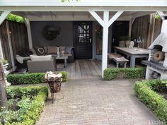 Garden room with veranda - gardenroom Back Gardens, Outdoor Gardens, Outdoor Rooms, Outdoor Living, Dream Garden, Home And Garden, Veranda Design, Veranda Ideas, Outside Living